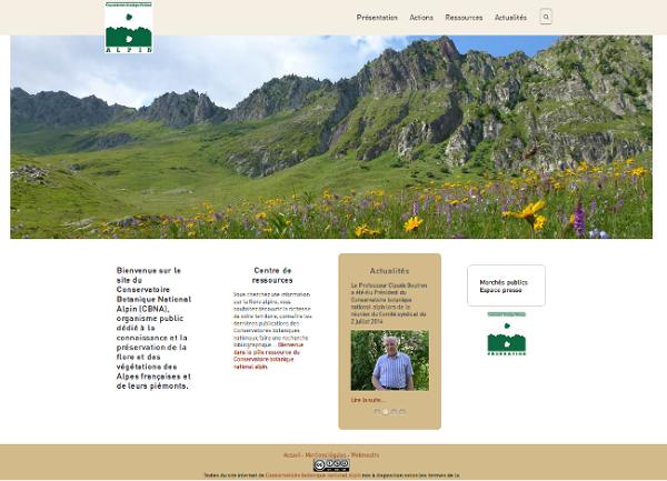 Page d'accueil du site internet du Conservatoire botanique national alpin. Largement illustrée elle donne accès aux actualités et ressources