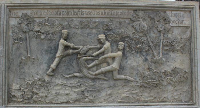 Scène de décapitation à l'époque des Khmers rouges (mémorial de la pagode de Samraong Knong, Battambang)